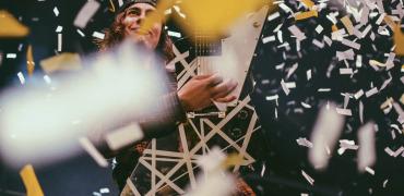 Pierce the Veil – World Tour