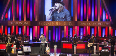 A Thousand Horses Make Grand Ole Opry Debut!
