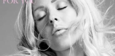 "Ellie Goulding Contributes a Song to the ""Bridget Jones's Baby"" Soundtrack!"
