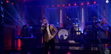 Panic! At the Disco Delivers Unreal Performance with the Roots on The Tonight Show!