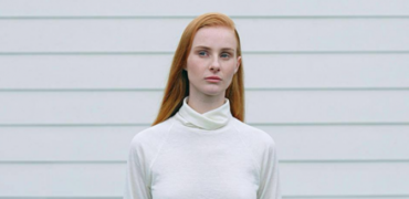 "Vera Blue Drops New Video for ""Hold"""