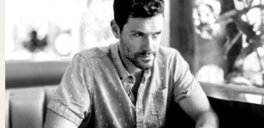 Brendan Hines Releases Single 'Average Is'
