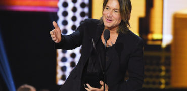 Keith Urban Wins Big at the American Music Awards