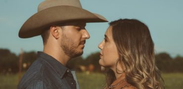 An Exclusive Chat With Country Duo Terra Bella