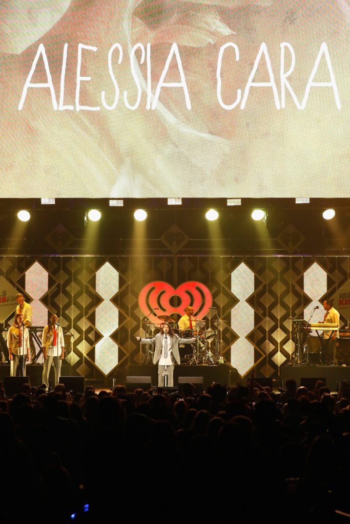 103.5 KISS FM's Chicago Jingle Ball 2018 – Show